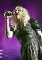 Courtney Love - Los Angeles - 18-02-2010 - Courney Love contro la famiglia Cobain