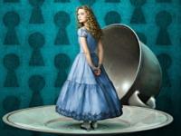 Mia Wasikowska - 19-02-2010 - Alice compie 150 e trova a Cervia il Paese delle Meraviglie