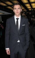 Nicholas Hoult - Londra - 01-02-2010 - Le star disegnano per beneficenza
