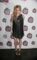 Kesha - 24-02-2010 - Dalla caduta alla rinascita: Kesha ritorna con il singolo Prayng