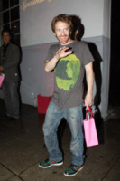 Seth Green - West Hollywood - 24-02-2010 - Jon Favreau scrive e dirige il telefilm Ex-Comm, tra la fantascienza e la politica