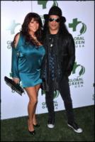 Perla Ferrar, Slash - Hollywood - 03-03-2010 - Slash divorzia per la seconda volta