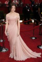 Anna Kendrick - Los Angeles - 07-03-2010 - Anna Kendrick salvata da Elie Saab evita il disastro sul tappeto rosso