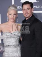 Carey Hart, Pink - Los Angeles - 31-01-2010 - Michelle McGee sarebbe l'amante anche del marito di Pink