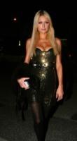 Paris Hilton - Los Angeles - 08-04-2010 - La casa di Paris Hilton va in fiamme