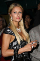 Barron Hilton, Paris Hilton - Los Angeles - 14-04-2010 - La casa di Paris Hilton va in fiamme
