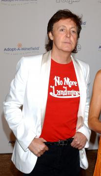 Paul McCartney - Beverly Hills - 16-11-2005 - Paul McCartney ha ricevuto una laura honoris causae a Yale