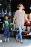 Henry, Heidi Klum - Hollywood - 24-04-2010 - È arrivato l'autunno: tempo di tirar fuori il poncho!