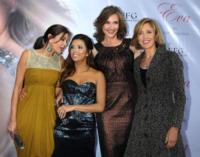 Brenda Strong, Felicity Huffman, Teri Hatcher, Eva Longoria - Los Angeles - 27-04-2010 - Le attrici di Desperate Housewives ottengono un aumento, il telefilm avra' l'ottava stagione