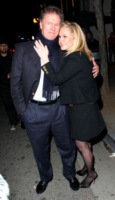 Rick Hilton, Kathy Hilton - Los Angeles - 28-04-2010 - Per i genitori di Paris Hilton la dieta costa caro