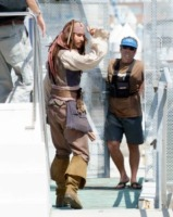 Johnny Depp - Palos Verdes - 30-04-2010 - Jennifer Lopez vuole Johnny Depp come collega per un film