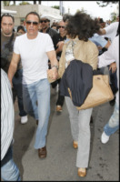 Gladys Portoguese, Jean Claude Van Damme - Cannes - 13-05-2010 - Jean Claude Van Damme ha avuto un attacco di cuore