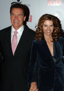 Maria Shriver, Arnold Schwarzenegger - Hollywood - 29-11-2005 - Arnold Schwarzenegger e Maria Shriver vanno avanti col divorzio