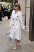 Anna Wintour - Londra - 19-05-2010 - La primavera è arrivata: è tempo di trench!