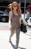 Lindsay Lohan - Malibu - 26-04-2010 - Lindsay Lohan trova lavoro a Cannes