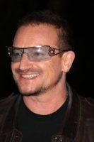 Bono - Los Angeles - 22-05-2010 - Bono ricoverato d'urgenza per un intervento alla spina dorsale