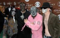 Slipknot - Los Angeles - 08-02-2006 - Gli Slipknot si tolgono le maschere in ricordo dell'amico Paul Gray