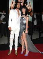 Katy Perry, Russell Brand - Los Angeles - 25-05-2010 - Katy Perry e Russell Brand non vogliono regali di nozze