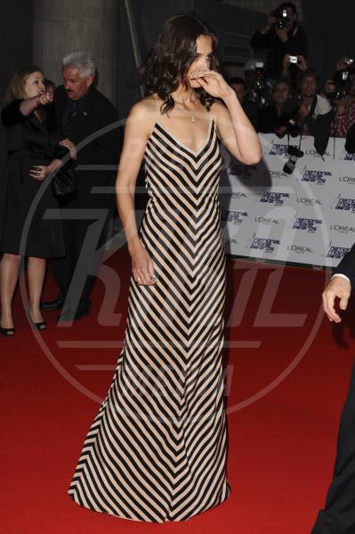 Katie Holmes - Londra - 26-05-2010 - Sul red carpet, l'optical è… l'optimum!