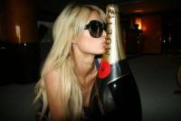 Paris Hilton - Cannes - 25-05-2010 - Paris Hilton: 'Non ti puoi fidare degli uomini'
