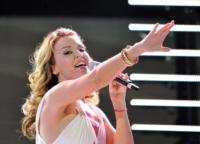 Kylie Minogue - Ancora solido l'amore tra Kylie Minogue e il fidanzato