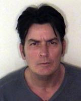Charlie Sheen - Aspen - 25-12-2009 - Charlie Sheen si dichiara colpevole, condannato a 30 giorni in clinica