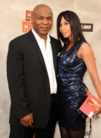 Lakhia Spicer, Mike Tyson - Culver City - 05-06-2010 - Mike Tyson e' di nuovo padre