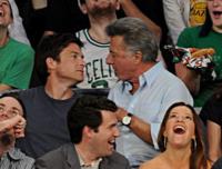 "Jason Bateman, Dustin Hoffman - Los Angeles - 07-06-2010 - Jason Bateman: ""Dustin Hoffman ha delle labbra morbide"""