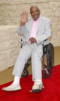 James Avery - 07-06-2010 - James Avery dichiarato morto si infuria con Twitter
