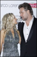 Dianne Spencer, Russell Crowe - Cannes - 21-05-2010 - Russell Crowe l'ultima star dichiarata morta nelle news