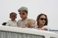 Shiloh Jolie Pitt, Maddox Jolie Pitt, Angelina Jolie, Brad Pitt - Los Angeles - 11-02-2010 - Brad Pitt, l'FBI indaga per abuso di minori