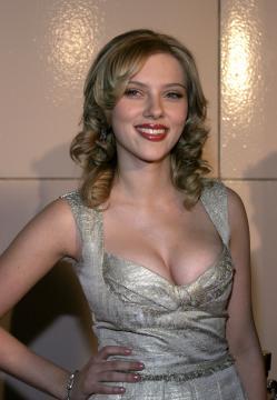 Scarlett Johansson - Los Angeles - 10-12-2005 - Scarlett Johansson vince un appartamento in Florida