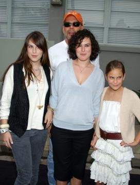 Scout, Tallulah Belle Willis, Rumer Willis, Bruce - Culver City - 10-12-2005 - Tallulah Willis debutta al ballo dell'hotel Crillon di Parigi