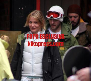 Justin Timberlake, Cameron Diaz - Telluride - 02-01-2006 - Cameron on ice…insieme a Justin