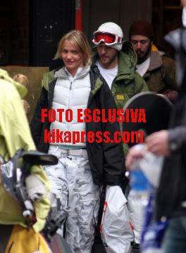 Justin Timberlake, Cameron Diaz - Telluride - 02-01-2006 - Cameron on ice…insieme a Justin