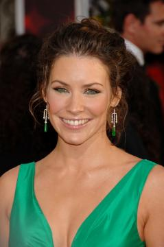 Evangeline Lilly - Beverly Hills - 16-01-2006 - Prende fuoco la casa di Evangeline Lilly