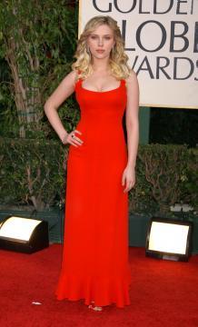 Scarlett Johansson - Beverly Hills - 16-01-2006 - Jennifer Lopez ha perso le sue curve