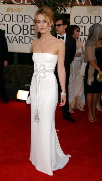 Keira Knightley - Beverly Hills - 16-01-2006 - Keira Knightley, raffinatezza e classe da Oscar sul red carpet