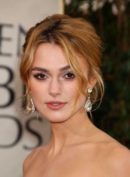 Keira Knightley - Beverly Hills - 16-01-2006 - Essere bionda o essere mora? Questo è il dilemma!