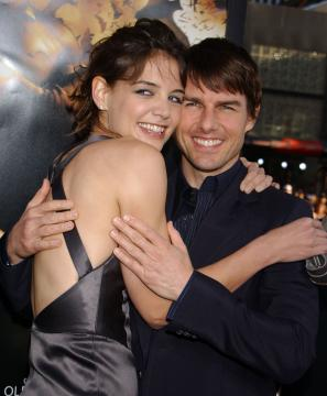 Katie Holmes, Tom Cruise - Hollywood - 06-06-2005 - CINEMA: nata Suri figlia Tom Cruise e Katie Holmes