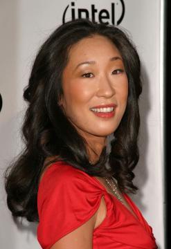 Sandra Oh - Universal City - 22-01-2006 - SANDRA OH E ALEXANDER PAYNE DISCUTONO PER LA PENSIONE