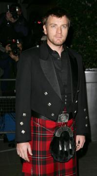 Ewan McGregor - Londra - 25-01-2006 - Uomini con le gonne: ecco i più sexy in kilt!