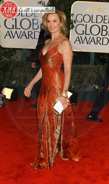 Jessica Lange - Jessica Lange si rompe la clavicola cadendo dalle scale