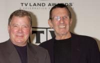 Leonard Nimoy, William Shatner - Santa Monica - 13-03-2005 - Leonard Nimoy dara' la voce a un robot in Transformers