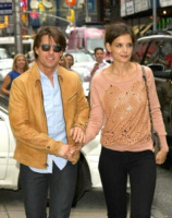 Katie Holmes, Tom Cruise - New York - 22-06-2010 - Simon Pegg affianca Tom Cruise in Mission Impossible