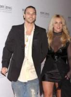 Kevin Federline, Britney Spears - Hollywood - 08-02-2006 - E' ufficiale! Britney Spears è nuovamente incinta.