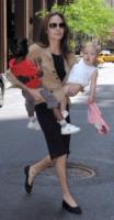 Shiloh Jolie Pitt, Zahara Jolie Pitt, Angelina Jolie - Los Angeles - 29-06-2010 - Angelina Jolie: ''Nostra figlia Shiloh vuole essere un ragazzo''