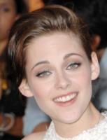 Kristen Stewart - Los Angeles - 24-06-2010 - Kristen Stewart ha paura di essere assassinata sul tappeto rosso