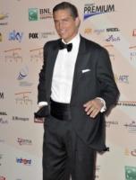 "Jim Caviezel - Roma - 05-07-2010 - Jim Caviezel ""porta la croce"" dopo la Passione di Cristo, niente piu' ruoli per lui"