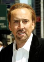 Nicolas Cage - New York - 12-07-2010 - Nicolas Cage accompagnato a casa dalla polizia dopo una lite in un bar